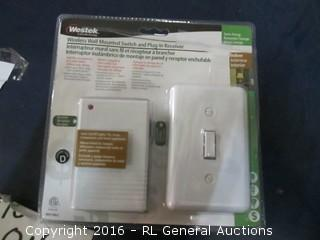 Wireless wall Mounted Switch and Plug in Receiver