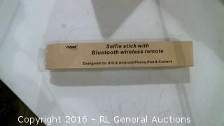 Selfie Stick with Bluetooth wireless remote