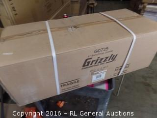 "Grizzly 6"" Benchtop Jointer Packaged Damaged New in Box"