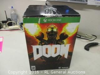 Xboxone Doom Game And Figurine