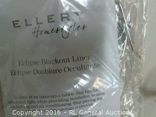 Blackout liner