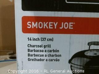 Smokey Joe Charcoal Grill
