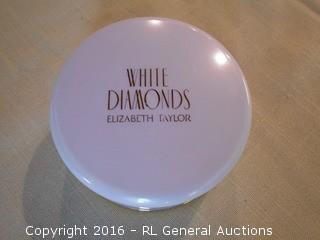 New Elizabeth Taylor White Diamonds Powder 2.6 Oz.
