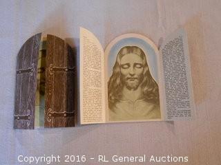 1943 Paul Klieben Glow N The Dark Picture Cards (Eyes open in Dark)