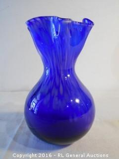"Stunning Hand Blown Glass Vase 9.5"" Tall"