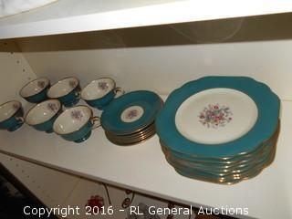 Stunning H&C Coronado Dish's Made in Bohemia - Czechoslovakia  20 Pc Set
