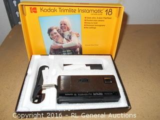 Kodak Trimlite Instamatic 18 Camera in Box