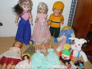 """Large Lot of 16 Vintage Dolls w/ Hand Made Clothes - Some w/ Stands  19"""" Tall"""