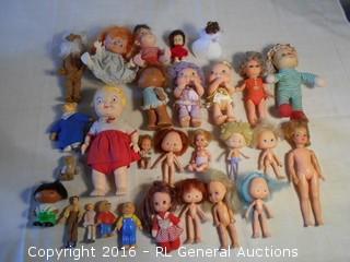 Large Lot of Vintage Dolls