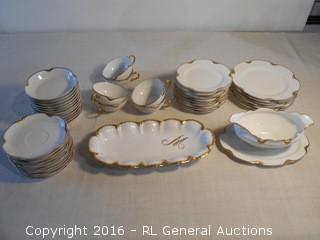 Antique Haviland & Co. Limoges France Dish Set w/ Gold Leaf Rims  46 Pc's