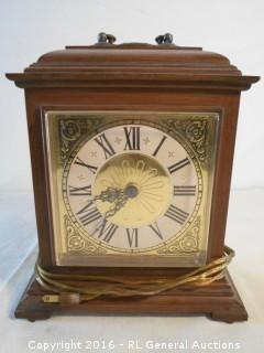 """Spartus Mantle Clock Electric - USA Made 11"""" T X 9.5"""" W X 3.5"""" D"""