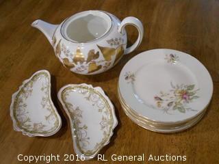Vintage Wedgwood Teapot No Lid, 5 Thomas Germany Desert Plates, & 2 Johnson Bros Enland Kidney Shaped Dish's