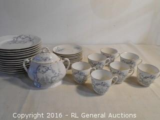 31 Piece Vintage Dish Set