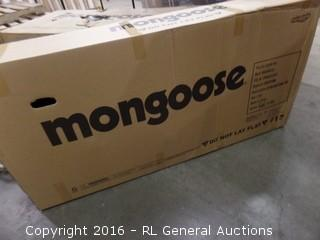 Mongoose Hitch Men's Flat Tire Bicycle Package Damaged New in Box