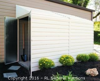 Arrow Storage Building Yardsaver Retail $439.99 (Package Damaged New in box)