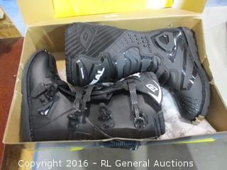 Oneil Boots