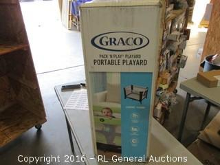 Graco Portable Playard