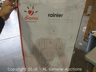 Rainier car seat