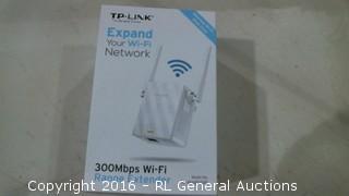 TP Link 300 Mbps WiFi Range Extender