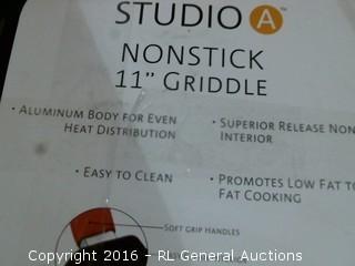 """11"""" Griddle"""
