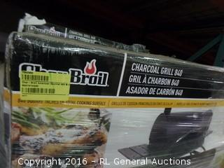 Charboil Charcoal Grill 840 (Box Damage,Please Preview)