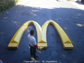 """Huge McDonalds """"M"""" Arches"""