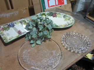 Decorative Dishes