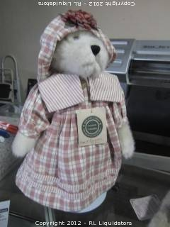 Boyds Bear Collection-Piper P.Plumbottom 3-29-00