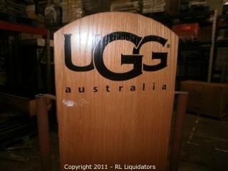 Adjustable Retail Shelf Display Fixture, UGG