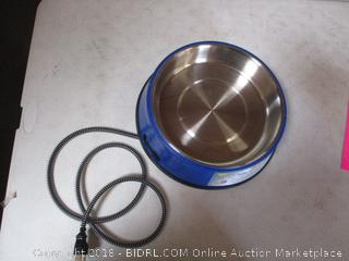 Pet Dish with Plug? See Pictures