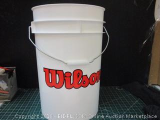 Wilson bucket