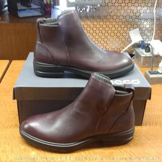Ecco Boots Size 8-8.5