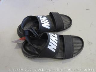 Nike Sandals Women's Size 6