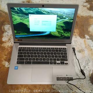 Acer Laptop (Powers On)