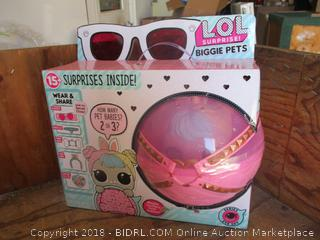 Biggie Pets surprise inside toys