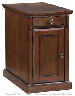 Ashley Furniture Signature Design - Laflorn Chairside End Table - Rectangular - Medium Brown RETAIL $153.33