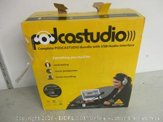 Podcastudio bundle with USB/audio interface