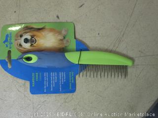 handle comb for pets