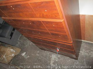 Five Drawer Chest Damaged See Pictures