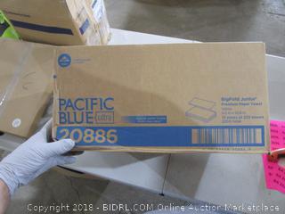 Pacific Blue Big Fold Junior Paper Towels