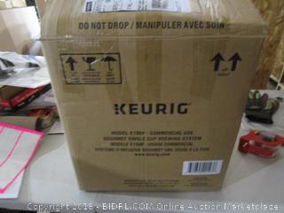 Keurig Single Use Brewing System / Powers On