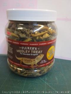 Flukers Medley Treat for Bearded dragon