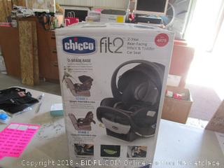 Chicco fit 2 Rear facing infant & toddler Car Seat