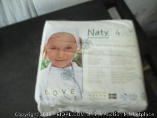 Naty Naturally Breathable Diapers Size 4