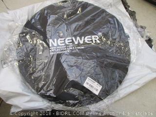 neewer reflector