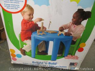 Little Tikes Bright N Bold Table and Chair Set