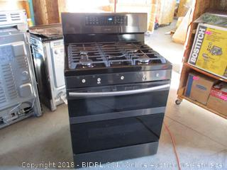 Samsung Stove and Oven, Dented See Pictures