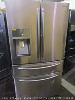 Samsung Refrigerator Powers On, Twin & Metal Cooling, See Pictures