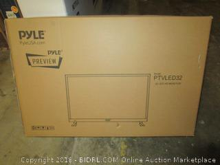 Pyle PTVLED32 / ;l LED HD Monitor  Cracked Screen  Damaged See Pictures