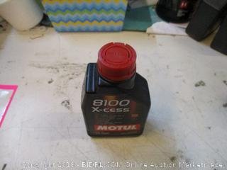8100 X-cess Motor Oil